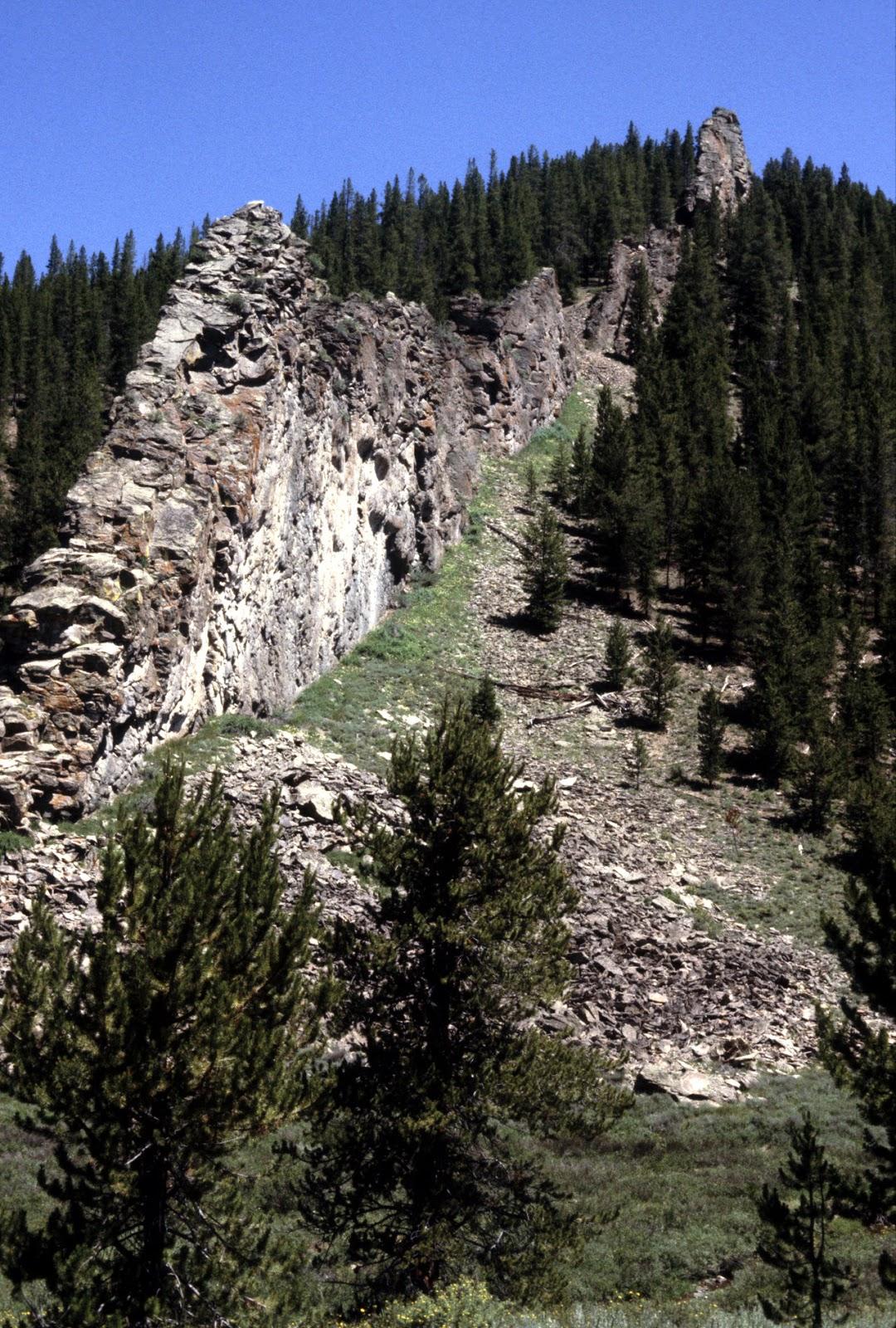 natural rock wall