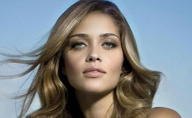 Model Victoria Secret Paling Hot - Ana Beatriz Barros