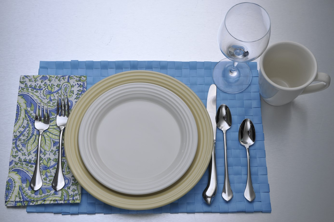 Choice morsels good eating monday table setting etiquette for Table utensils