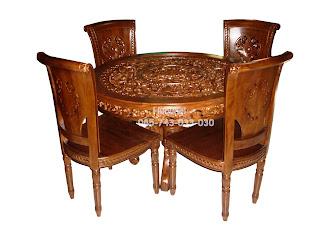 Meja Makan Bundar