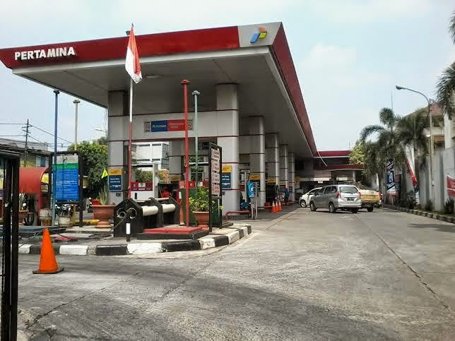 Harga BBM Naik Gara-Gara Program Kartu Sakti Jokowi