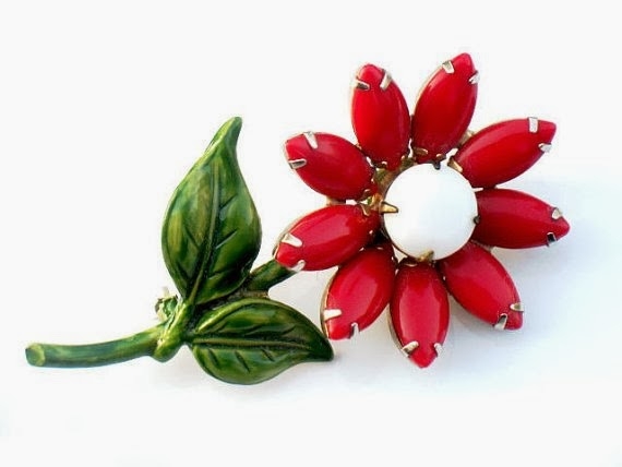https://www.etsy.com/listing/157981146/rare-red-milk-glass-daisy-brooch-1960s?ref=favs_view_16
