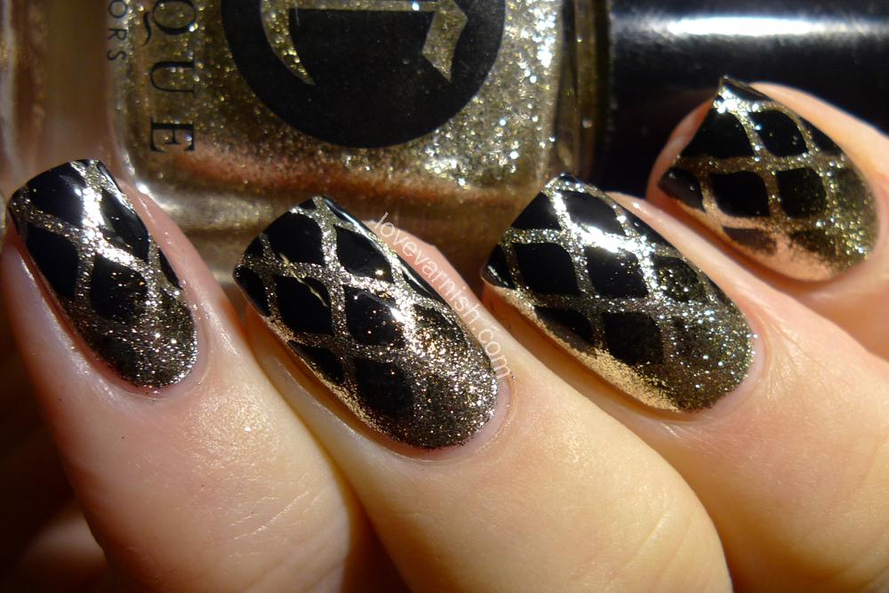 Love Varnish: Nail art & Review // Whats Up Nails Fishnet Stencils