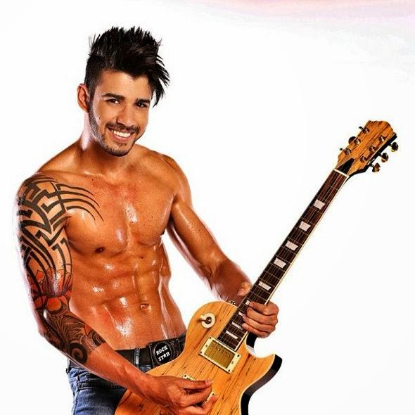 The Rock Ator Norte Americano Sua Tattoo Feita No Hava