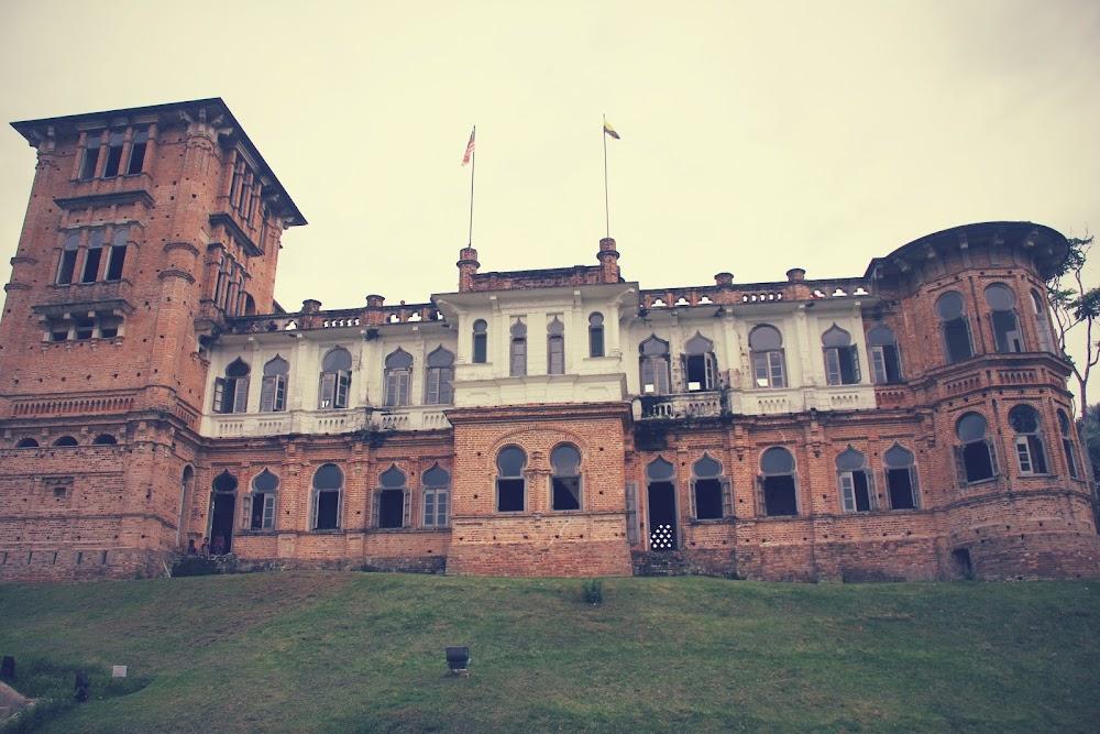 Rahsia istana
