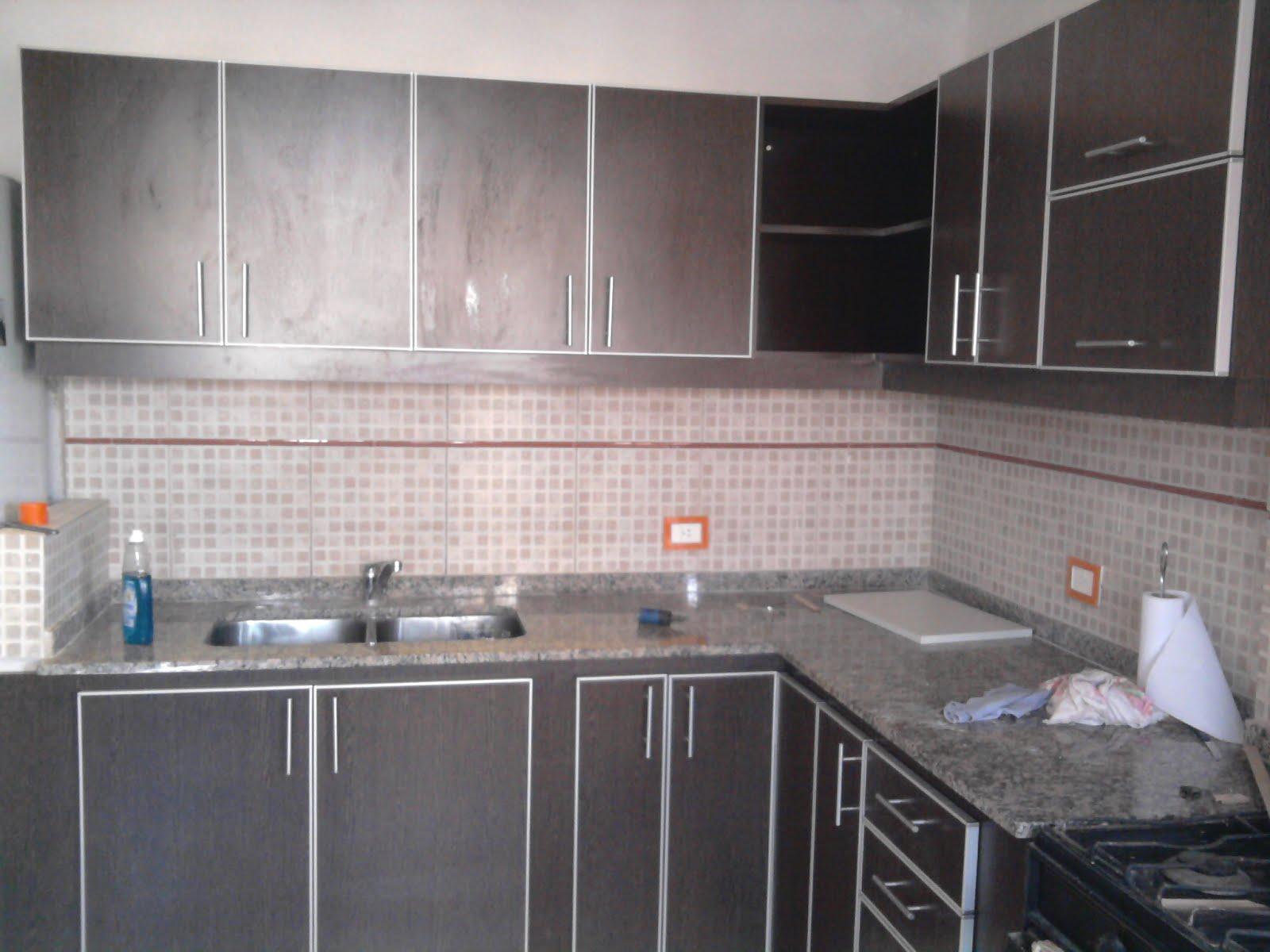 R.A.CH, MOBILIARIO PARA OFICINAS: Mueble de cocina en color wengue ...