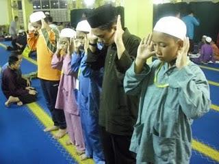 solat, jagan, tak, smkakl, surau, masjid, jemaah, berjemaah, ajar, saf, islamik, praying, renungan, puisi