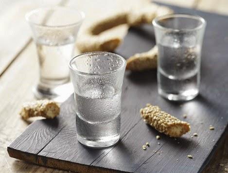 Cretan alcoholic beverage, Mediterranean Diet, The Cretan Diet, Tsikoudia,