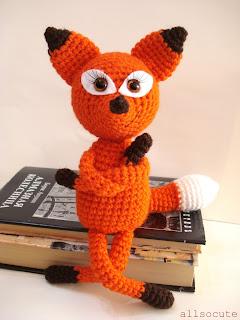 Marty the Fox: free Amigurumi crochet pattern