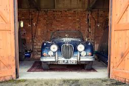 20 Tahun di Gudang, Jaguar Klasik Akan Dilelang