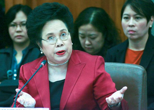 Miriam Santiago slams 'bloated' P3-trillion 2016 budget