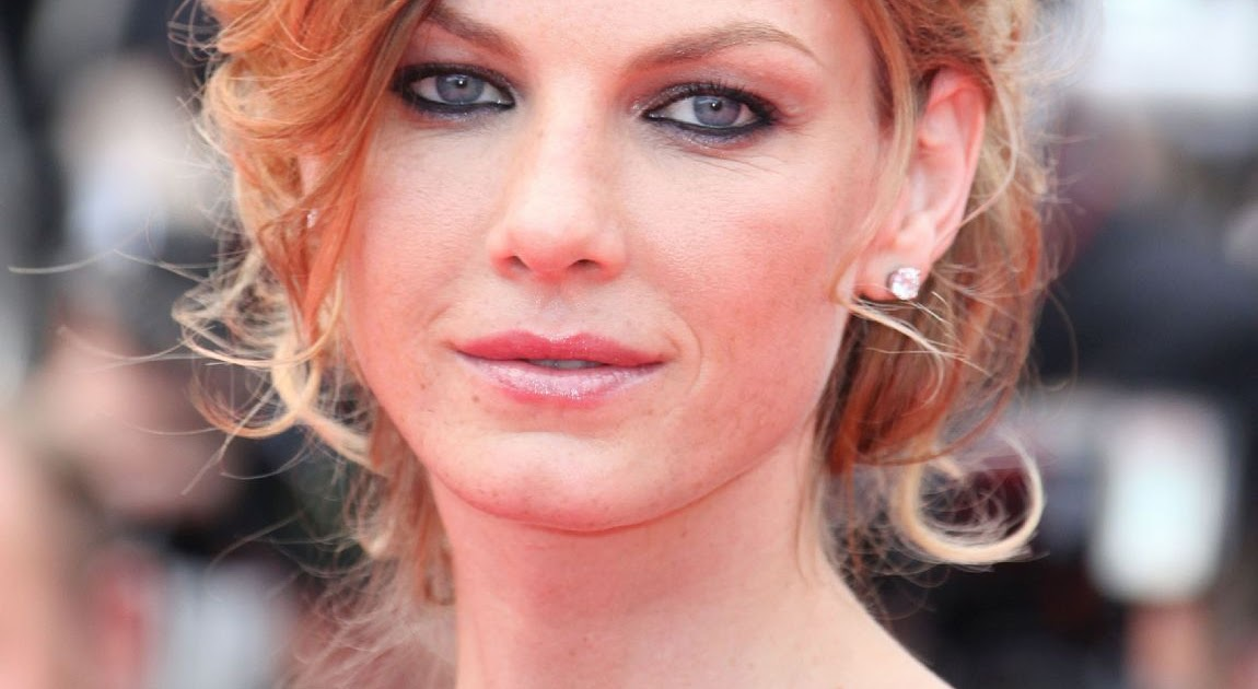 Angela Lindvall, actress and model | American beauty