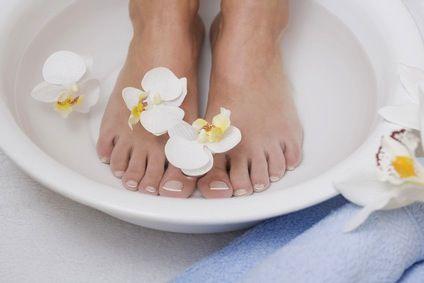 De pour quoi il y a un microorganisme végétal sur le pied