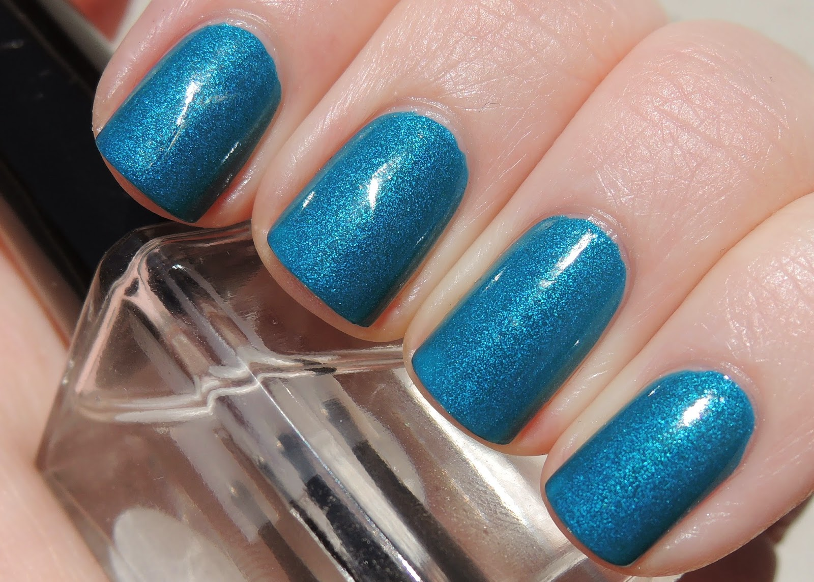Blue-Eyed Girl Lacquer Cold Inside Me