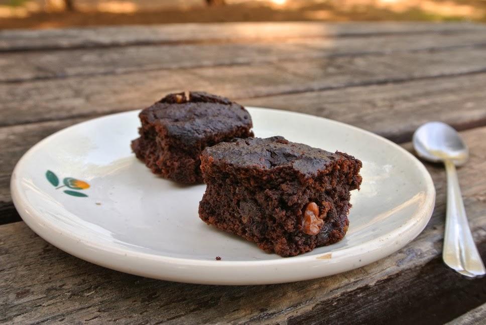 http://le-cru-et-le-cuit.blogspot.com.es/_brownie vegano