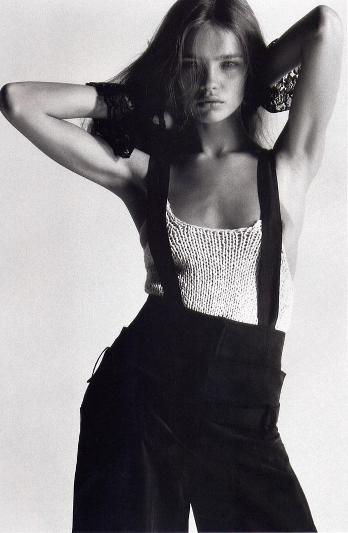 Natalia Vodianova in Undercover elements   Harper's Bazaar US May 2002 (photography: Mario Sorrenti, styling: Melanie Ward)