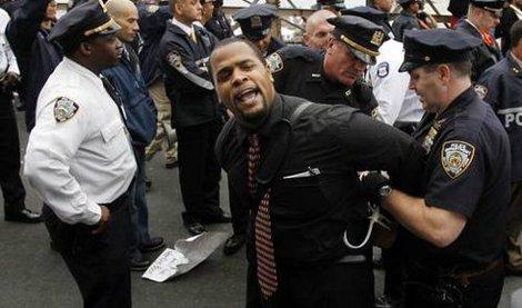 """EUA – """"Ocupa Wall Street"""": Trabalhadores e estudantes preparam grande marcha em NY"""