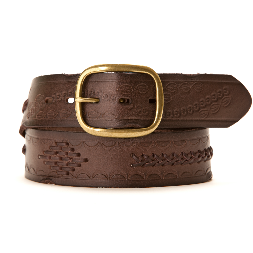 Our women's belts can pull together any look with exceptional style. Crafted from materials of the highest quality, these accessories provide practical versatility along with singular good looks, making each a true pleasure to wear.