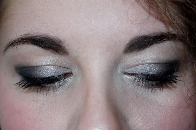 maquillage nuit facile à faire crayon noir
