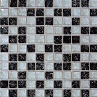lantai dan dinding yang terbuat dari potongan-potongan keramik ...