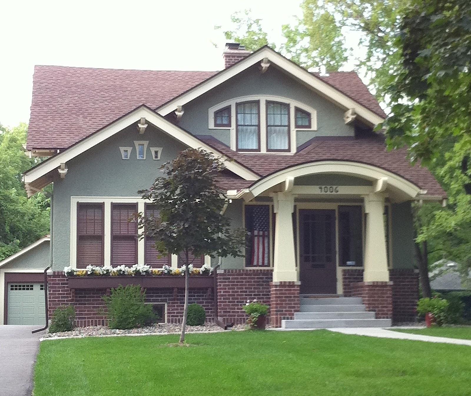 Modern medium modern house designs joy studio design for Medium modern house designs