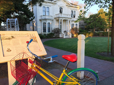 Bike in front of the Rengstorff House