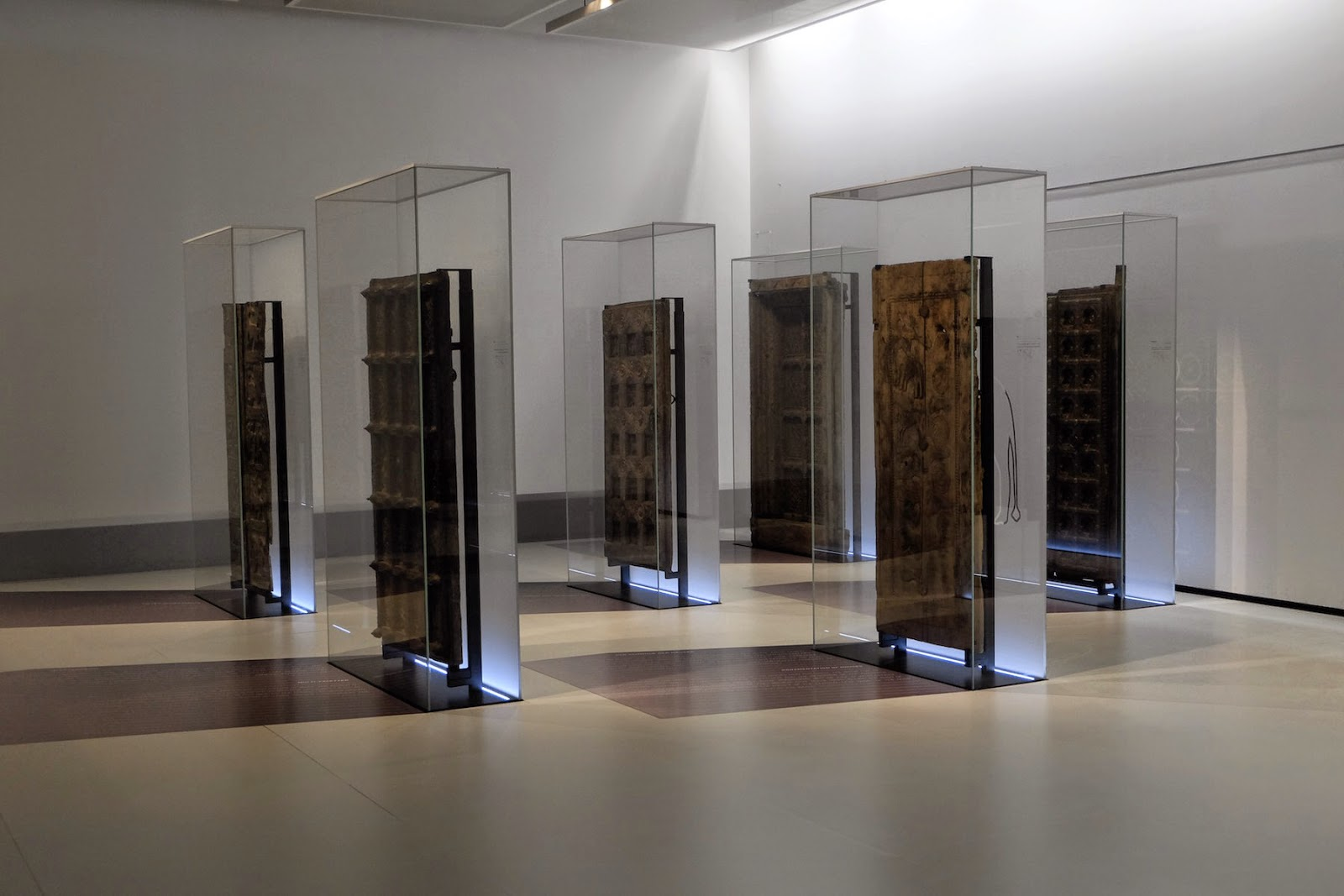 museum on display rautenstrauch joest museum k ln. Black Bedroom Furniture Sets. Home Design Ideas