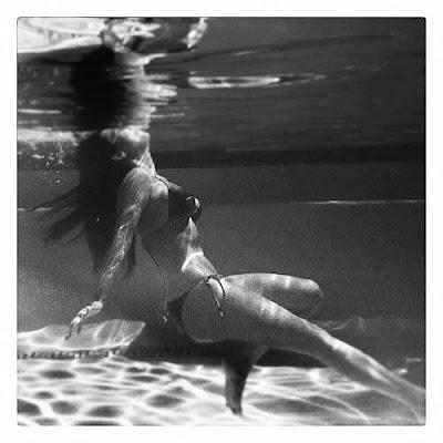 Kim Kardashian Shows Off Her Bikini Body Underwater