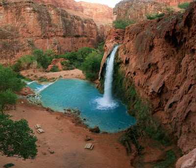 The amazing Havasu Falls and pool