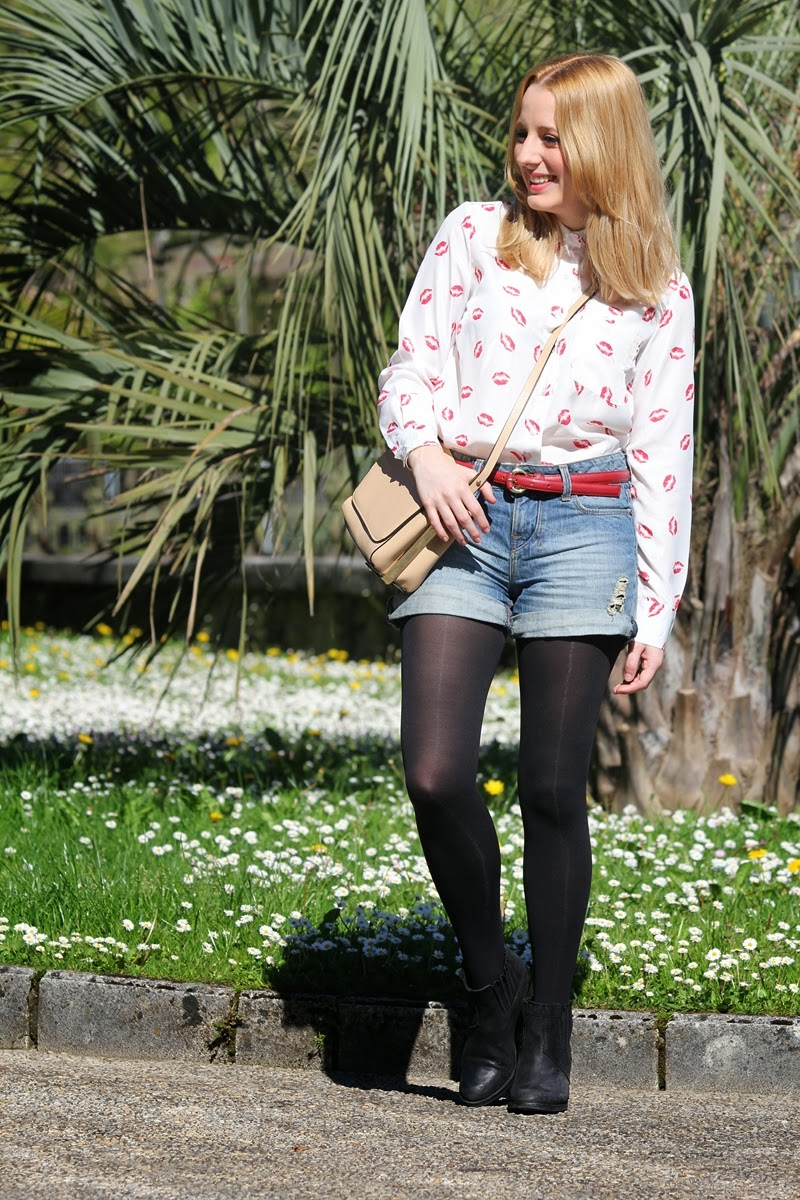 outfit_camisa_besos_shorts_altos-fashion_blogger_bilbao-dailystyle