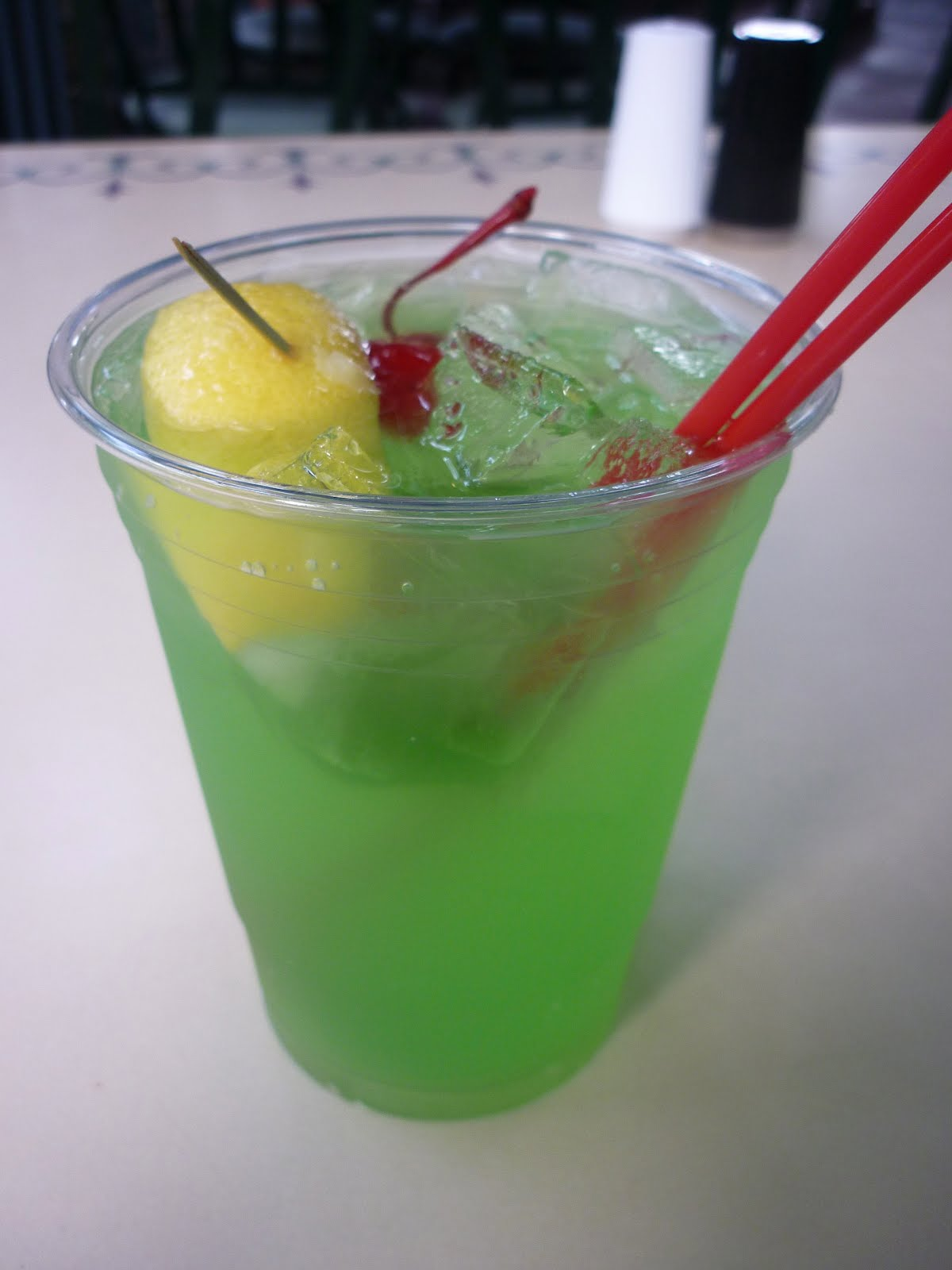 Disney Eats: New Orleans Square: The Mint Julep Bar