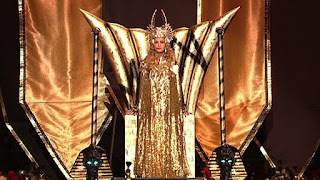 Stupor Bowl Symbolism: Madonna's 13 Minute Sermon