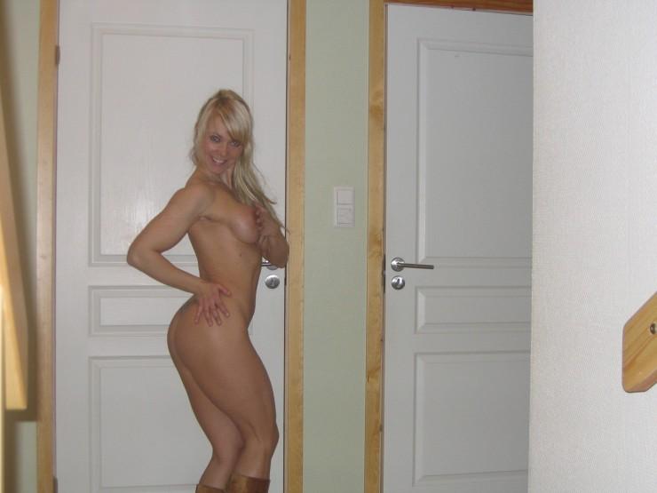 ... blog Young couple finds perfect mature sex teacher: newssensationspunk.dtiblog.com/blog-entry-611.html