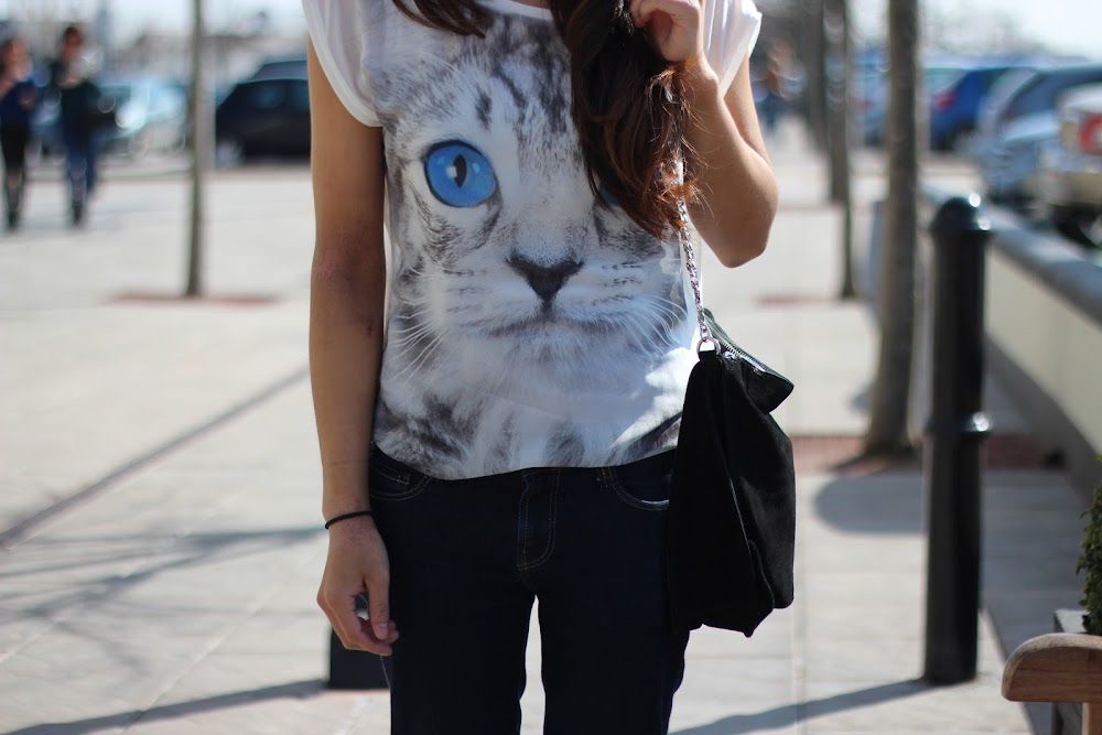 Cat Tee, Zara Black Suede Bag, Primark Wedges