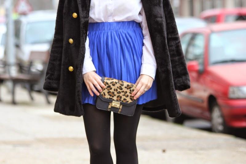 falda_azul_klein-bolso_leopardo