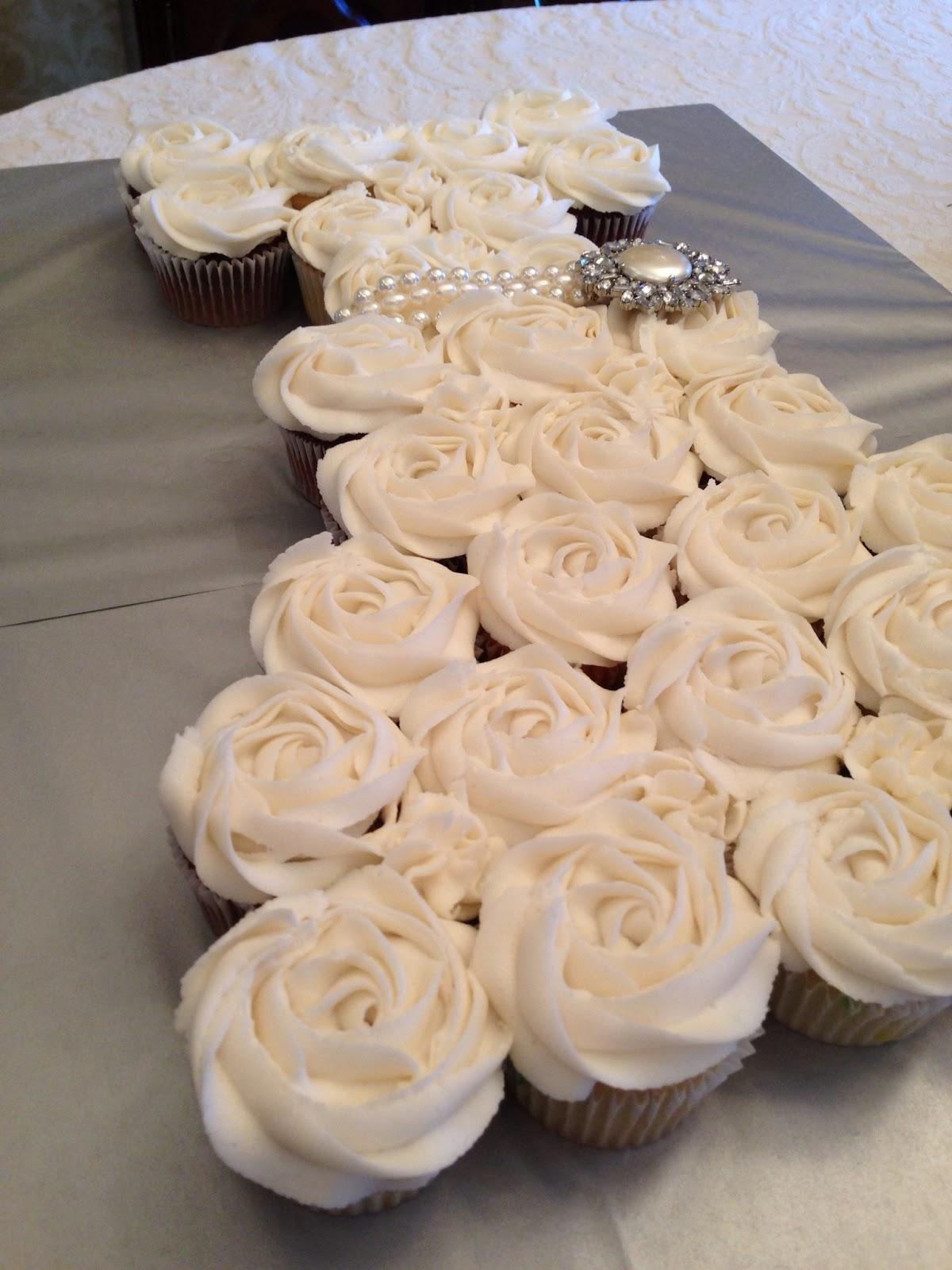 Oh Sugar Wedding dress cupcake cake