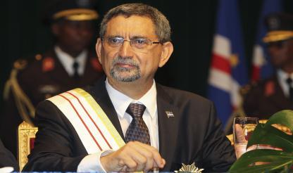 Exemplo da democracia cabo-verdiana realçado quase todos os presentes na posse de PR...