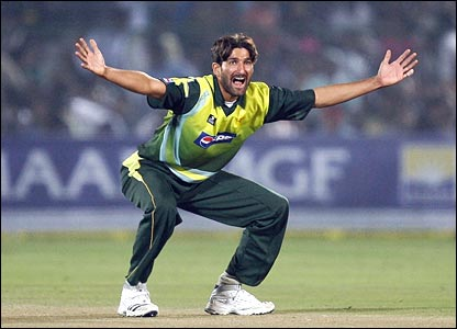 Pakistan retain Tanvir for Sri Lanka one-dayers
