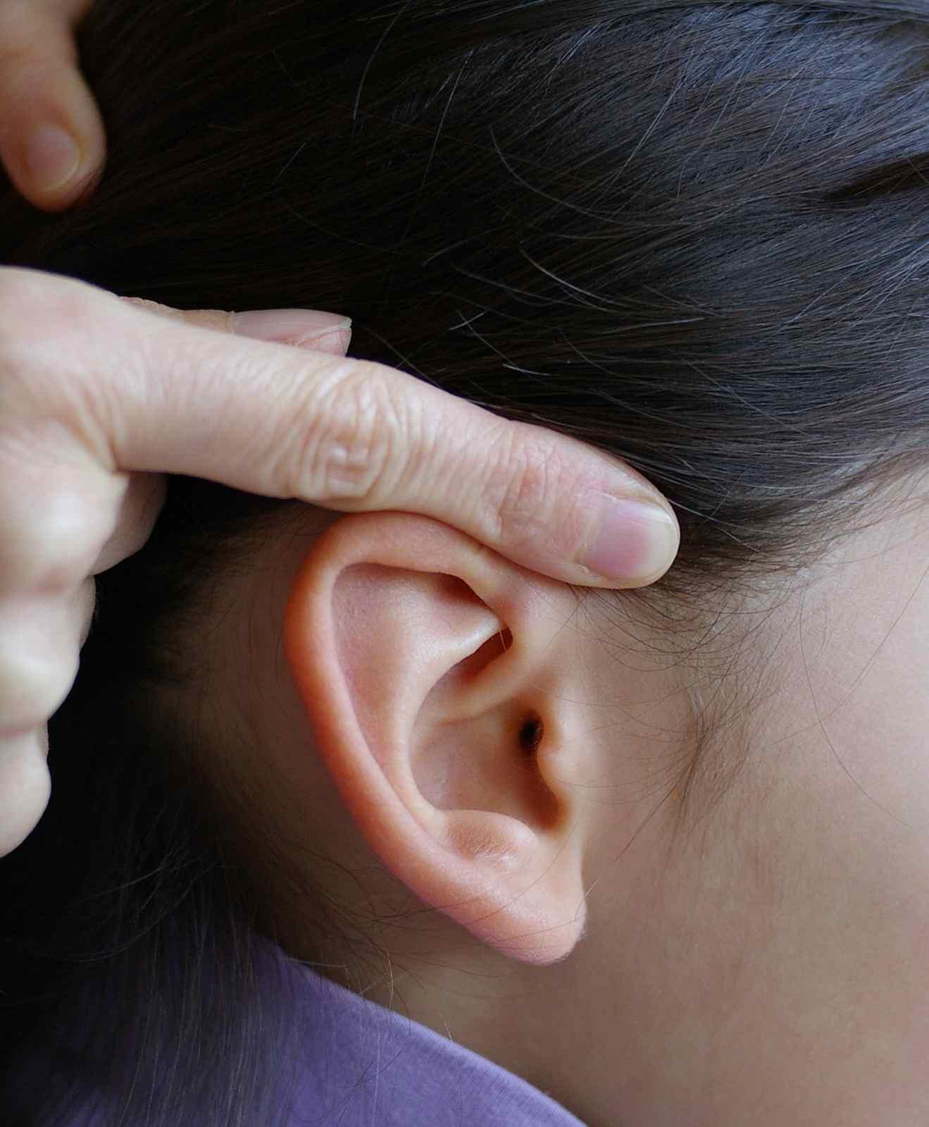 deboucher une oreille apres otite