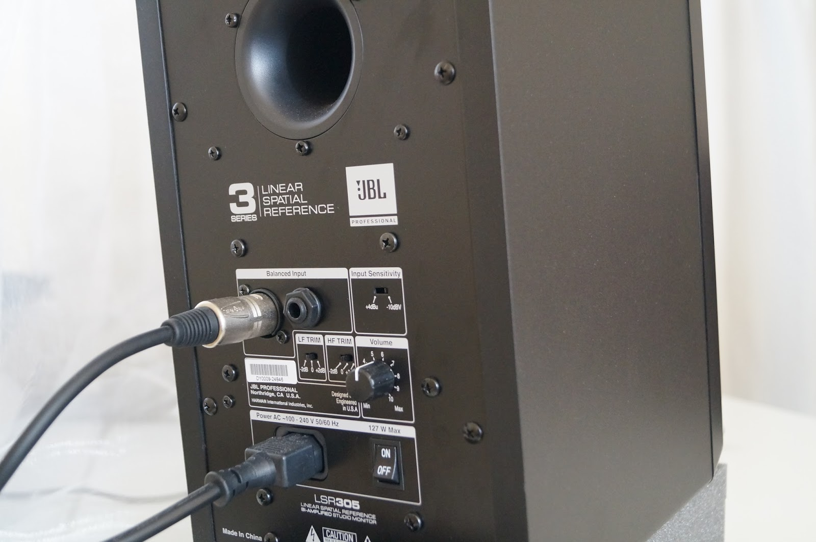 jbl 305 white. digital stereophony jbl 305 white d
