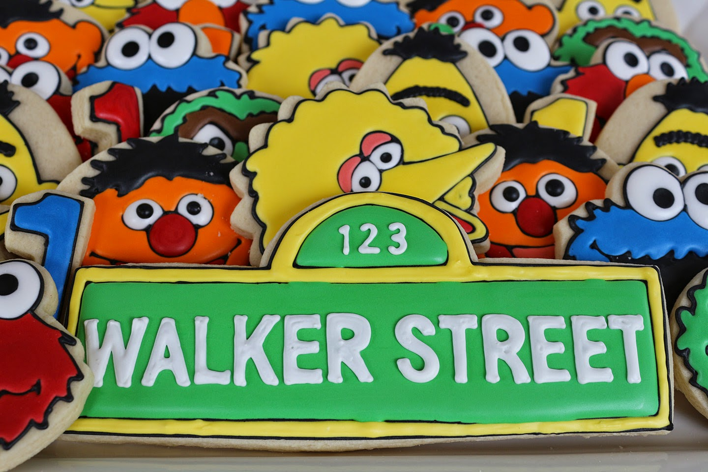 Sesame street sign cookie