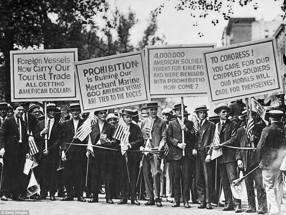 the success of the prohibition against Prohibition essay 730 words | 3 pages prohibition the success of the prohibition movement can be seen from many different views it was measured by the prohibitionists many motives, their social make-up, their creative reasons they came up with to promote their cause, and the positive outcomes they imagined possible by prohibiting alcohol.