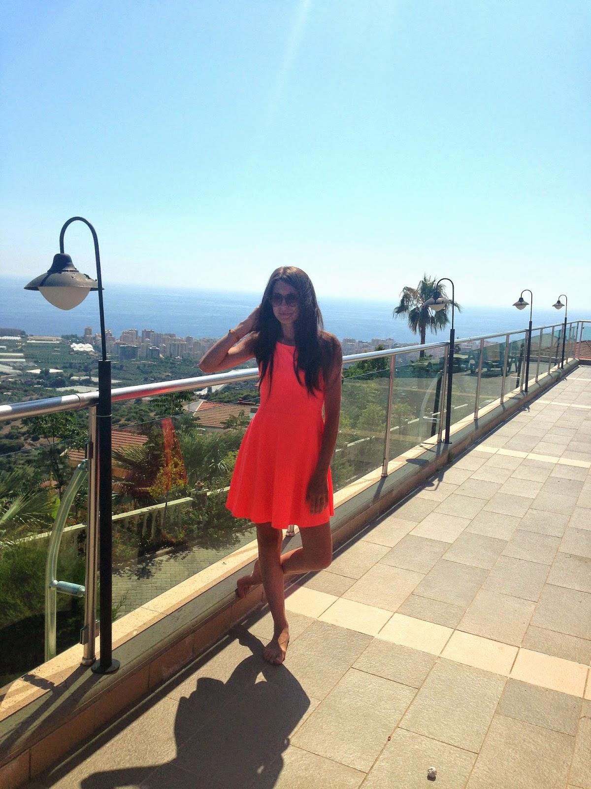 оранжевое платье h&m