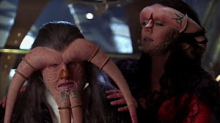 Farscape episode 5 Back And Back And Back to the Future