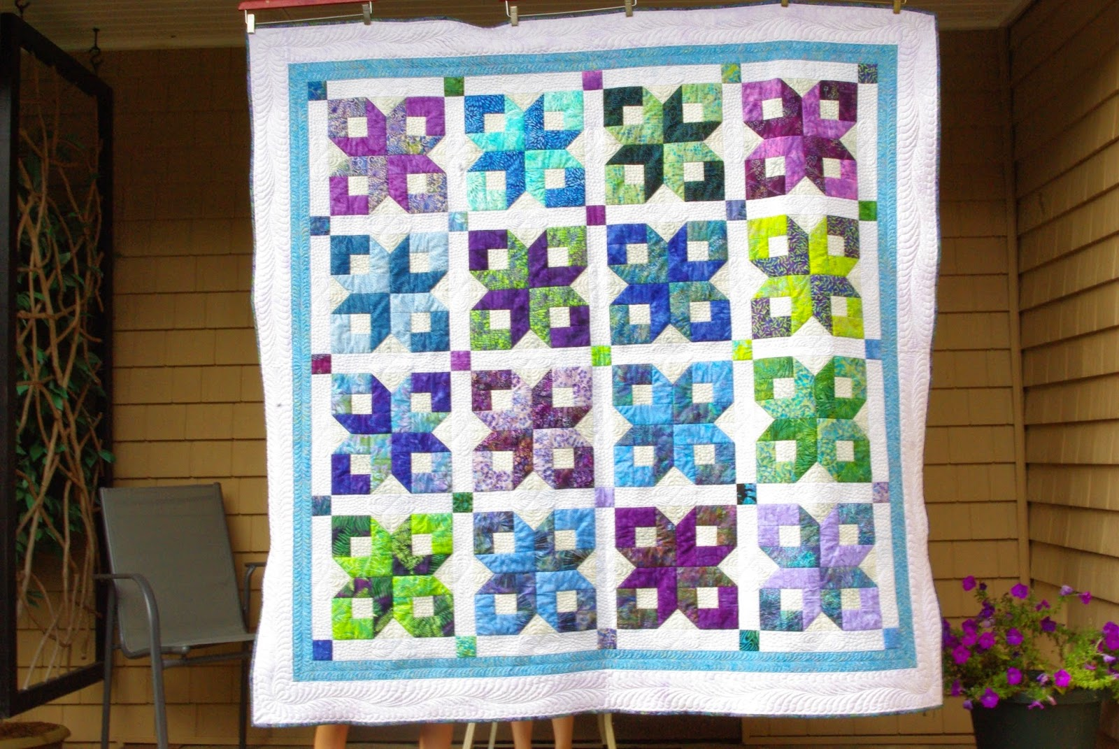 The Bitchy Stitcher: My Quilts : boxy stars quilt - Adamdwight.com
