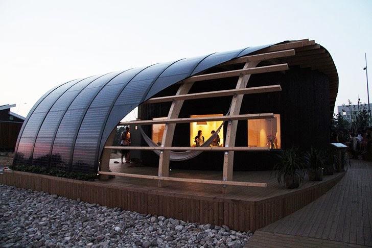 passives HALO Haus mit Solarenergie in ungewöhnlicher Architektur aber bekanntem skandinavischen Design