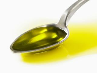 Manfaat Minyak Zaitun untuk Rambut Rontok, Rusak, Tebal, dan Memanjangkan