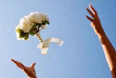 Tradisi Wajib Saat Pernikahan