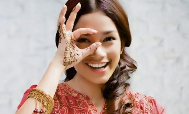 Jasa Lukis Henna Jakarta