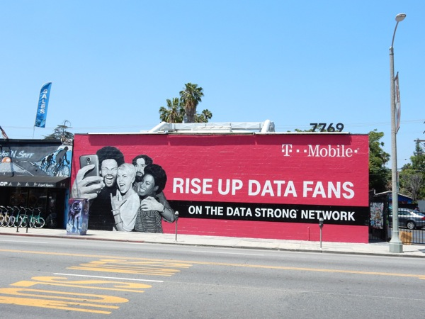 T Mobile Rise up data fans wall mural